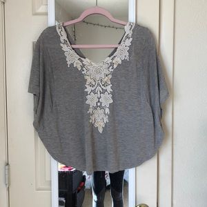Grey blouse with lace